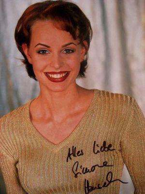<b>Simone Hanselmann</b> spielt Anna Meisner - 300px-Simone_Hanselmann